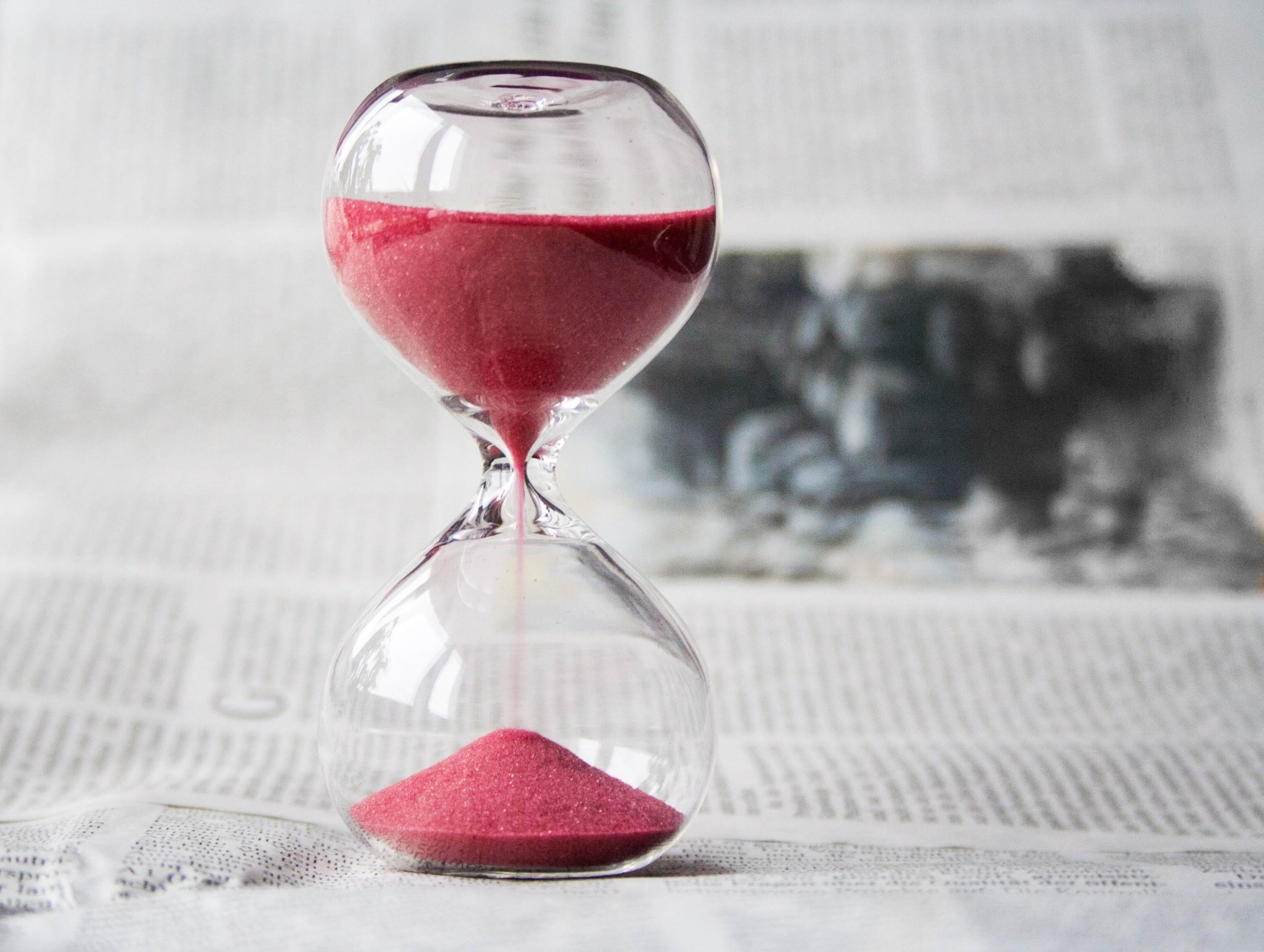 Egg timer with red sand